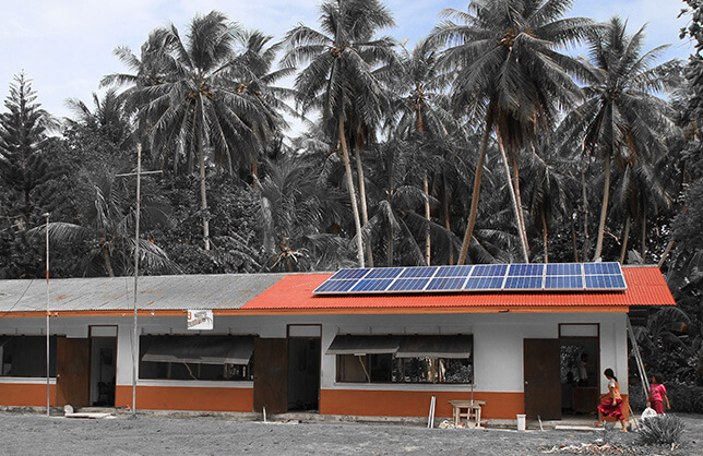 Sistema Fotovoltaico Con Banco de Baterías