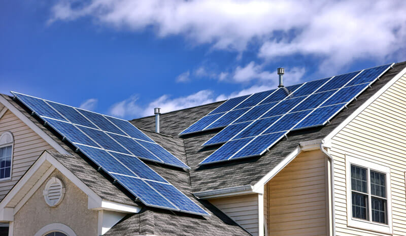 House with two different solar arrays related to MPPT tracking on an inverter