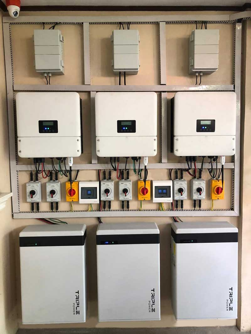 Hybrid Solar Installation of hybrid solar inverters and batteries